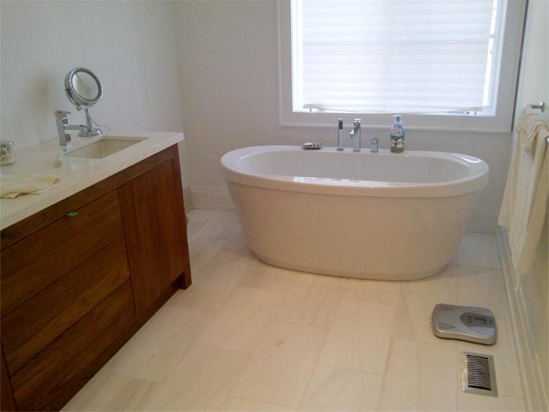 Bathtub: Maax Jazz Freestanding bathtub, Wall Tiles: ceramic wall ...