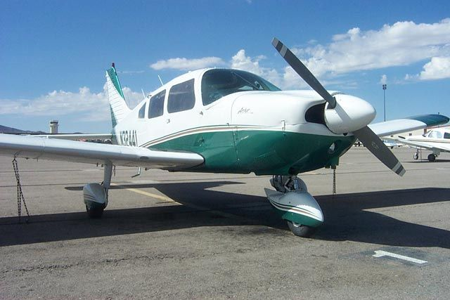 We Are So Totally Renting This Airplane For Our Family Photos Family Photos Passenger Jet Photo