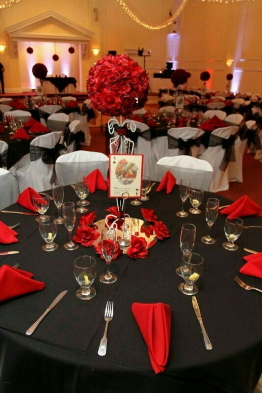 Rojo negro y blanco decoraci n fiestas pinterest for Decoracion blanco negro rojo