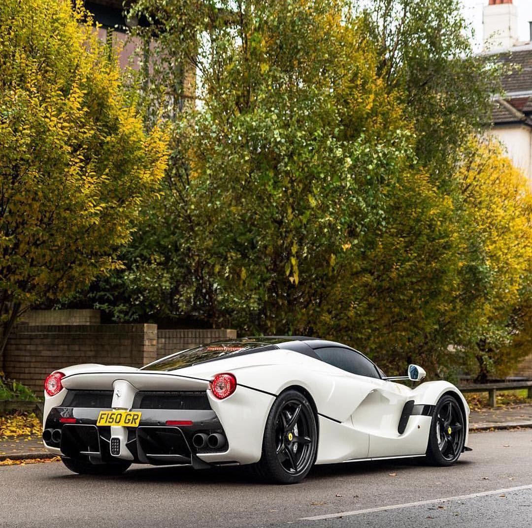 Ferrari Laferrari Aperta: Street Toys - Cars