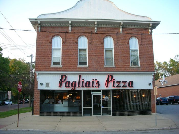 The Pizza Bucket List In Iowa That Will Make You Think You Died