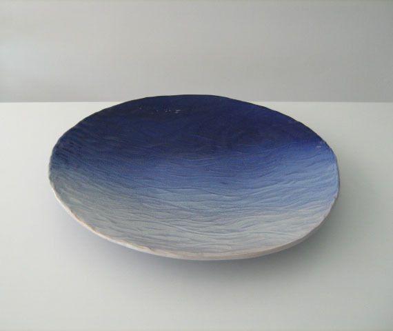 Soprammobile centrotavola azzurro in ceramica oggetti for Oggetti design arredamento