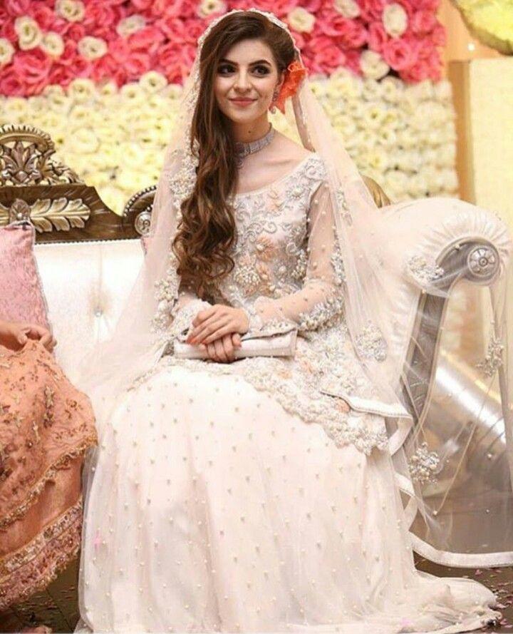 Pakistani Wedding Ideas: Stunning Nikah Look In 2019