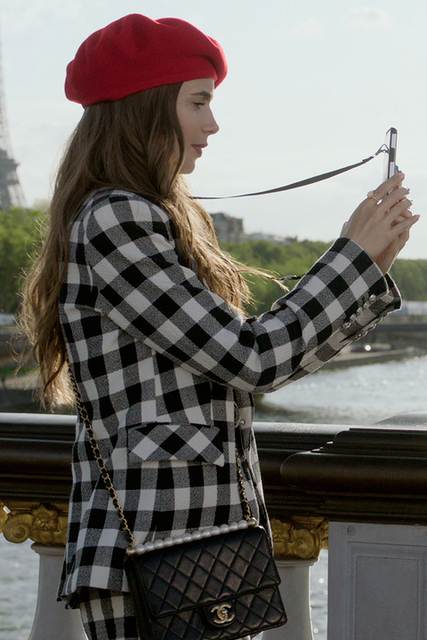 14 Emily in Paris outfits that gave us major Carri
