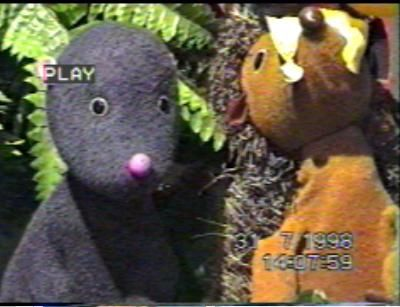PLAYBOARD Puppet Theatre Mo Hedge 70s 80s Childrens TV Programme