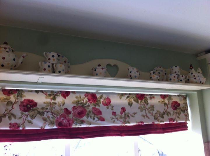 Emma Bridgewater Polka Dot Kitchen Shelf