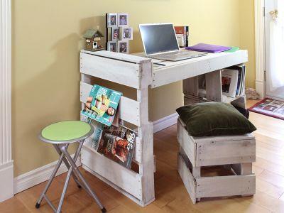 bureau en palette r cup r ess bureau palette. Black Bedroom Furniture Sets. Home Design Ideas