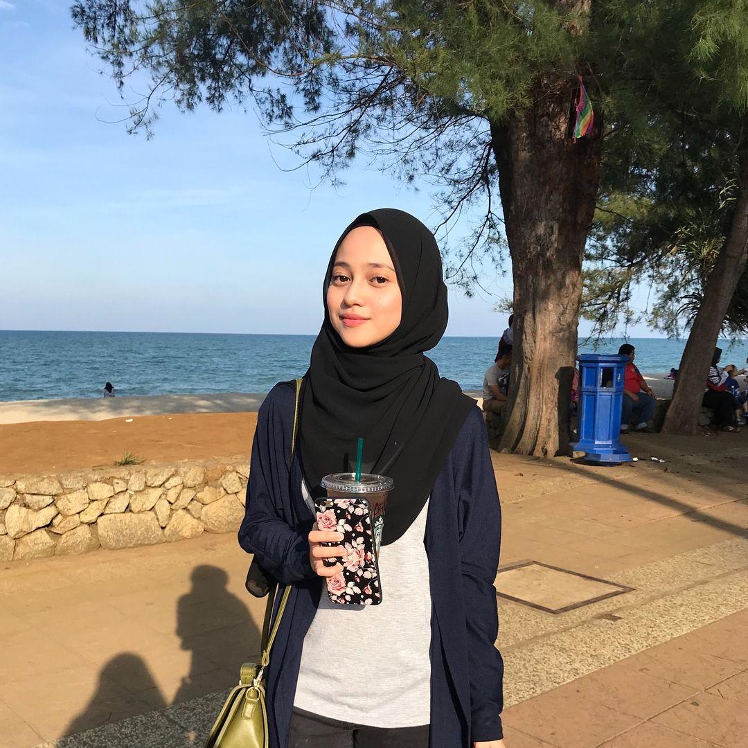 """بلقيس on Instagram """" ️"""" di 2020 Gaya hijab, Wanita"""