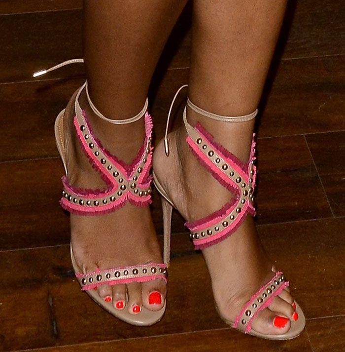 Classy shoes boots, Sandals, Shoe