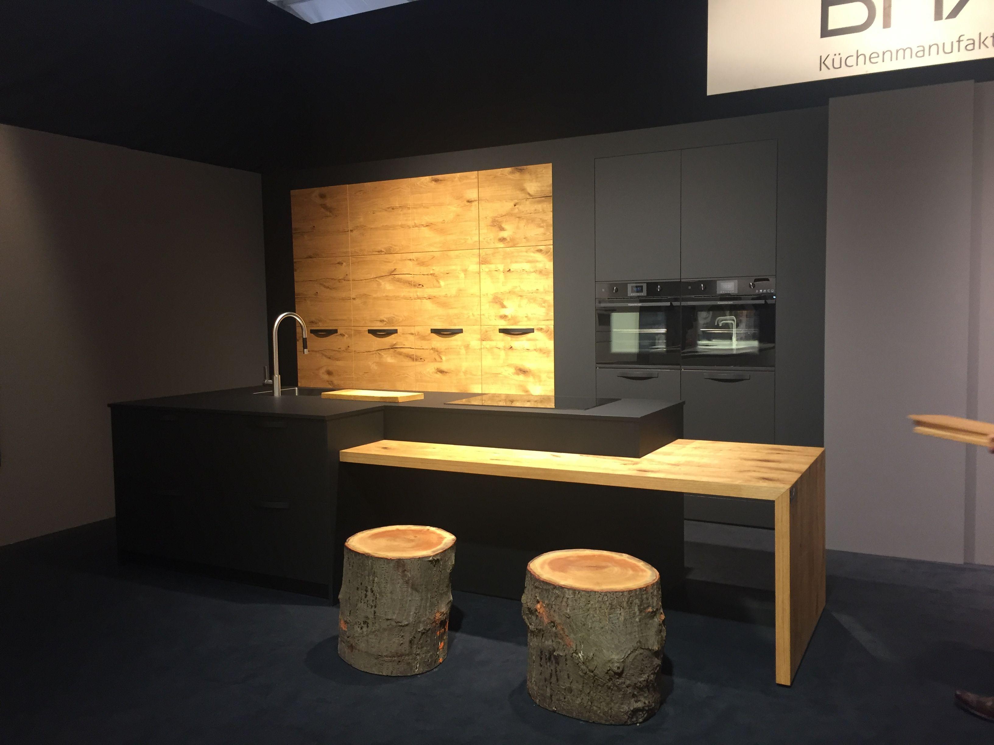 Kitchens · Черные матовые кухни Феникс и Split Oak . Bax, немецкая  мануфактура