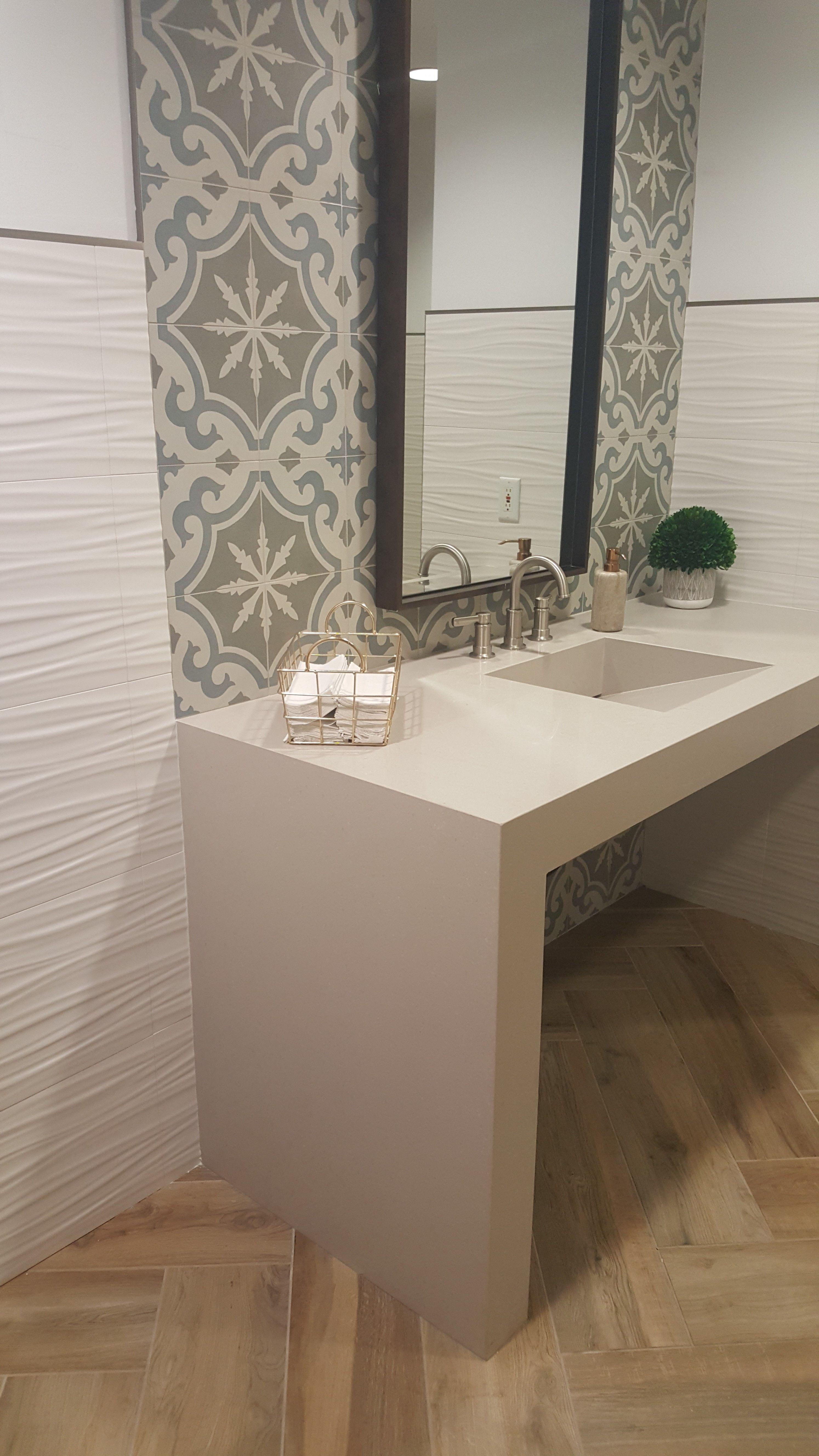A Fantastic Bathroom Update In Salt Lake City With Great Use Of Our Aequa Quartz Tiacksplash