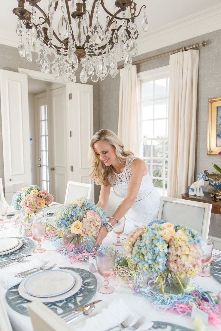 Photo of Alicia Wood, Dallas Fashion Blogger, Dallas Style Blog, Pastel Easter Table, Jul…