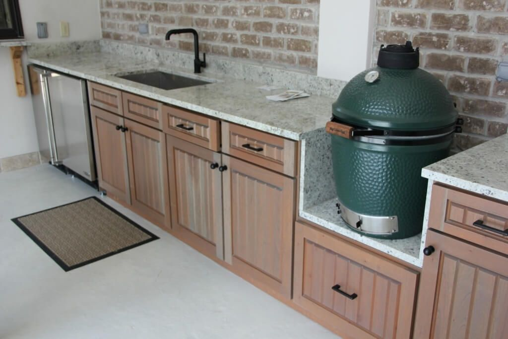 10 Kitchen Cabinet Hardware Ideas 2021 Surpassing The Jobs Patio Kitchen Outdoor Kitchen Countertops Outdoor Kitchen