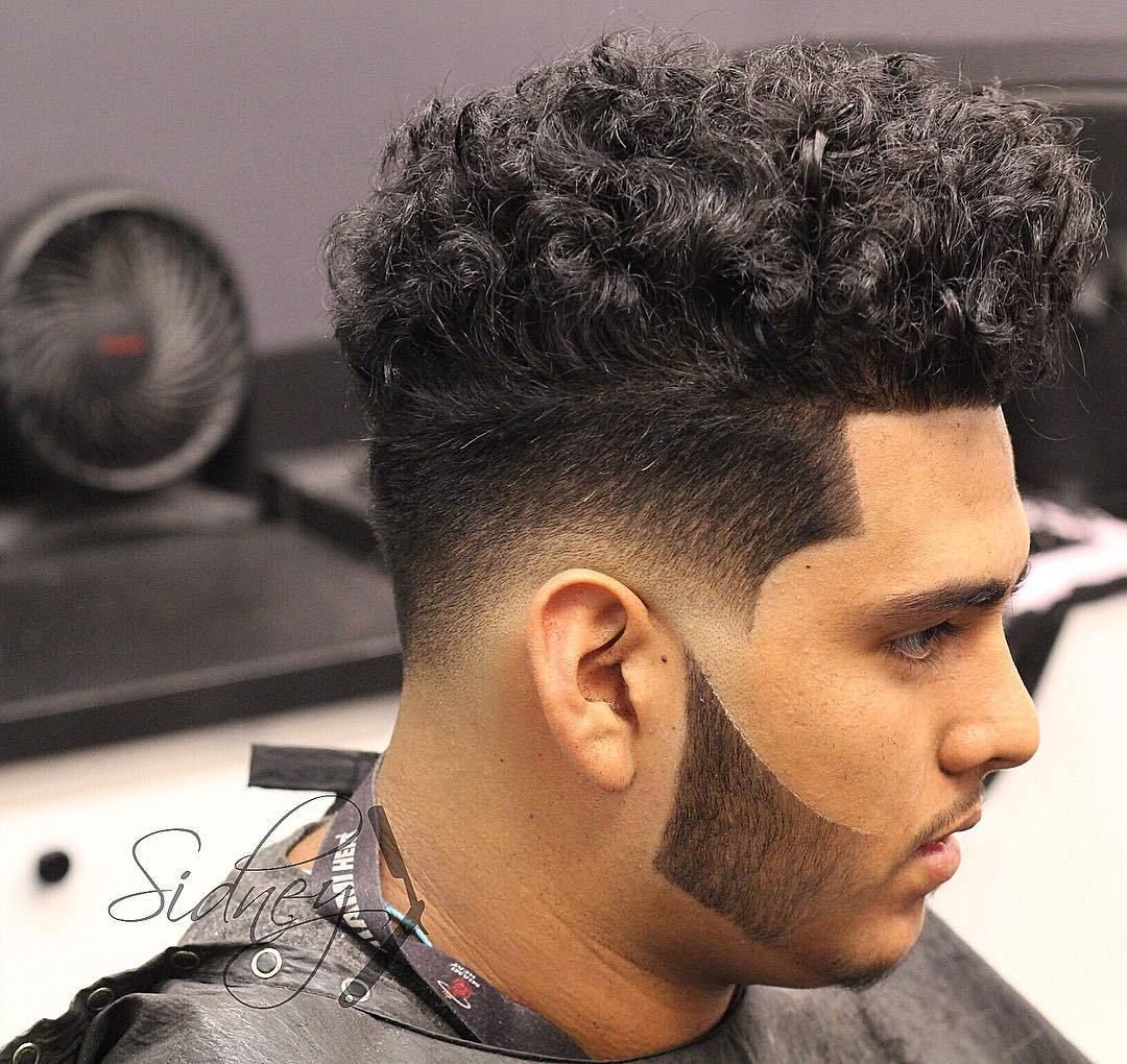 Medium Hairstyles Fade Curly Hairstyles For Men In 2020 Curly Hair Men Wavy Hair Men Mens Hairstyles Short