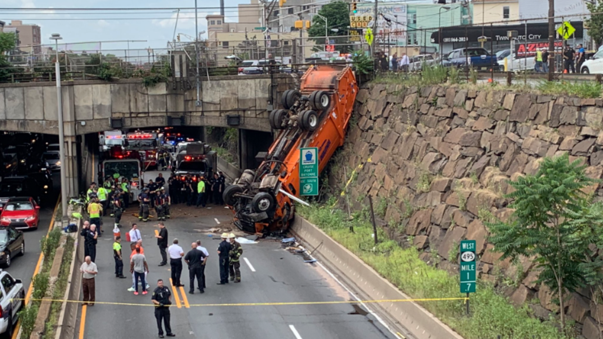 Truck crash snarls commute out of NYC on eve of holiday