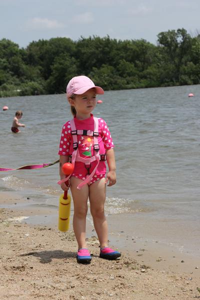 Using Hiking Harness At The Lake Inga Freitas Com