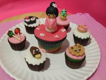 cupcake decorado con dulces - Buscar con Google