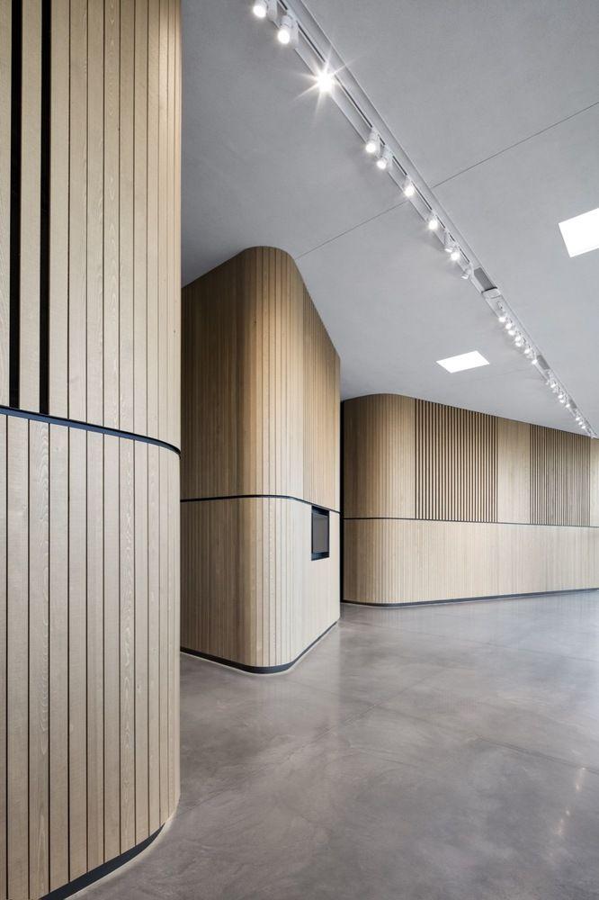 Gallery Of Diane Dufresne De Repentigny Art Center Acdf Architecture 4 Design Entree Decoration Bureau Interieur Hall