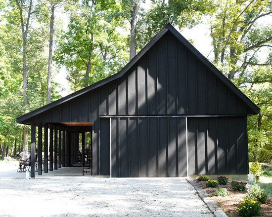 Attractive Country Barn Presented In Pure Black Rustic