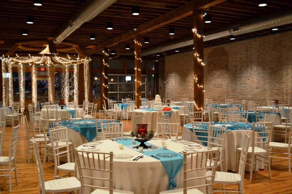 Beautiful winter themed wedding on New Year's Eve