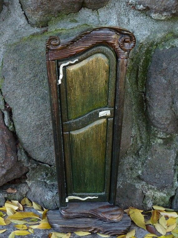 green fairy door