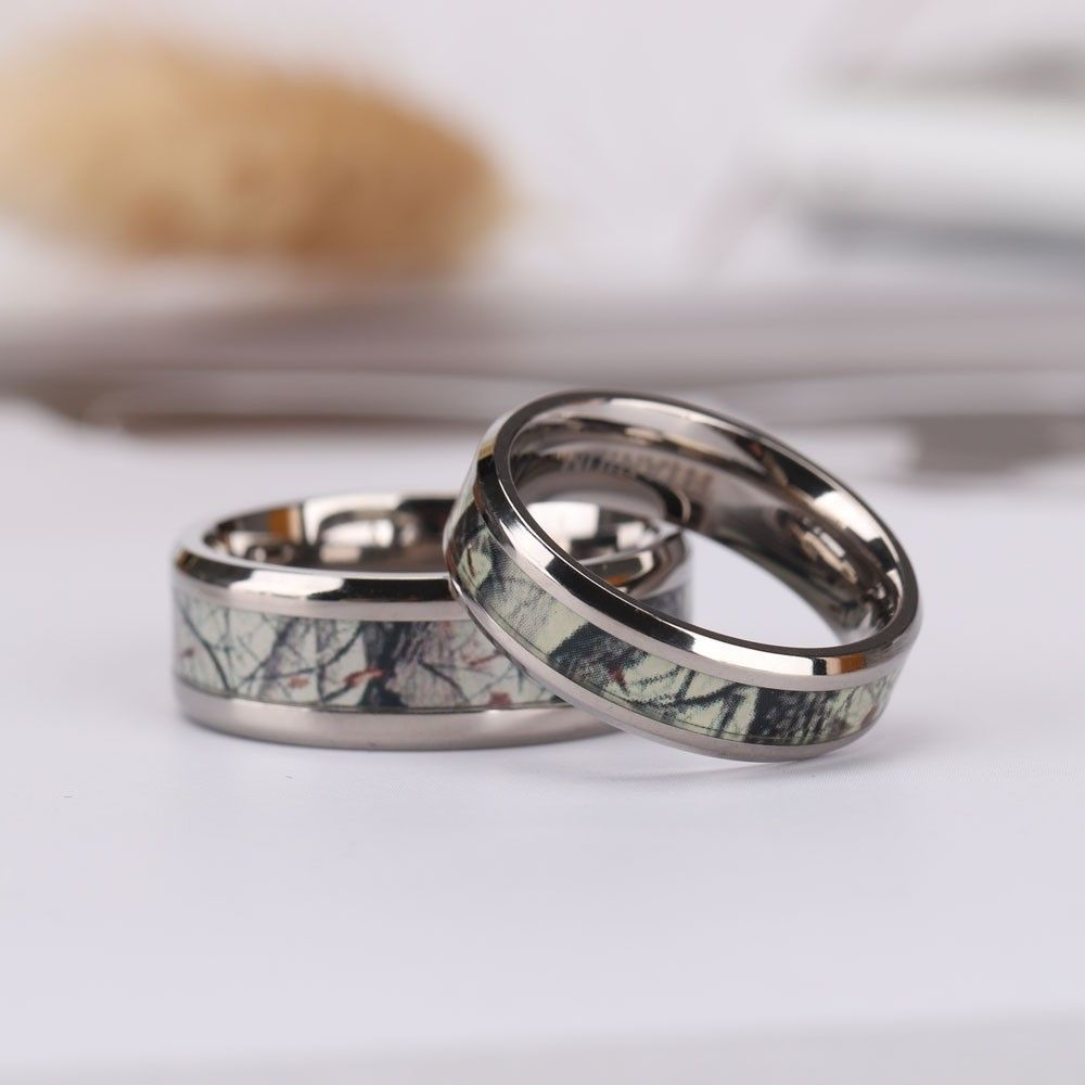 The Camouflage Inlay Is The Perfect Backdrop For The Ring Which