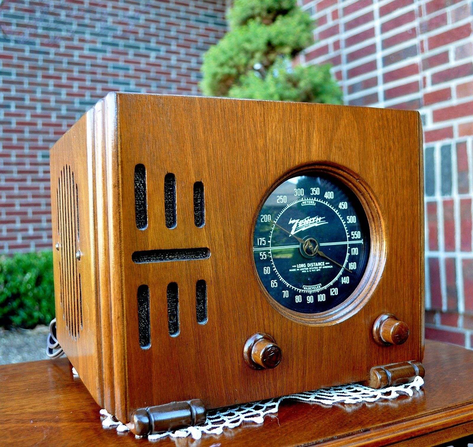 Serviced Antique Vintage Zenith Cube 5r216 Wood Deco Tube Radio Works Perfect Radio Antigo Radios Coisa Antiga