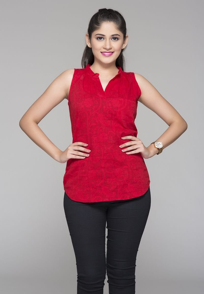 Gets Best deal for Summer of BASIC JACQUARD TOP  Different Collection of  Stylish Tops Made from modal  this regular top will keep you comfortable in  summers. Buy Fashionable Designer Long Tops for Ladies in India in Lower