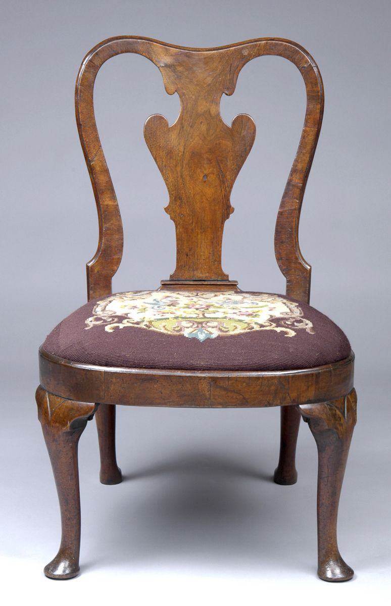 Period Queen Anne walnut side chair having elegant vase-shaped ...