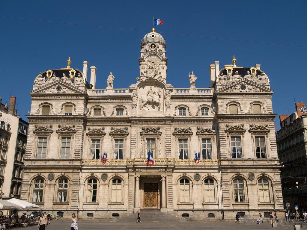 Hotel De Ville De Lyon Lyon Tripomizer Trip Planner With