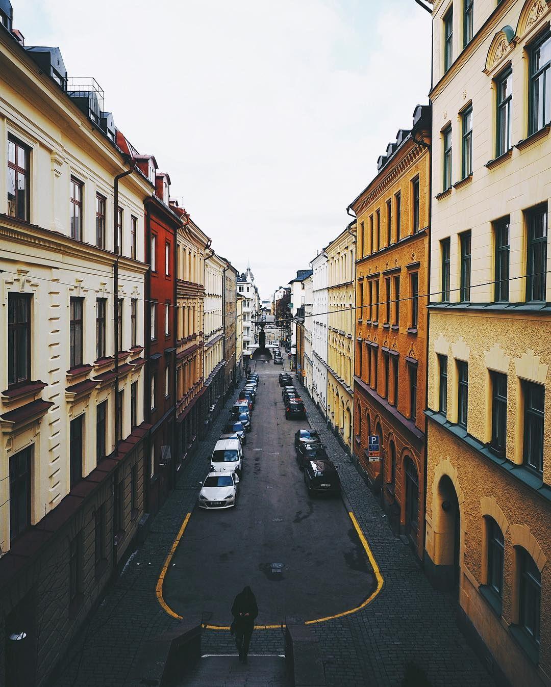 Häng med mig @jonasanhede @sannalinn @Olympussverige @Scandinavianphoto på en Instawalk!  Lördag den 19 mars har du möjlighet att hänga med oss på en #instawalk eller #instabus. Du kommer få låna och testa Olympus nya kamera PEN-F och en massa olika objektiv.  Vi träffas 09:30 på ScandinavianPhoto på Sveavägen i Stockholm för att sedan 10:00 ta oss med egen buss ut till ett nice ställe på Ekerö. Där kommer vi gå loss med nya PEN-F. Ett fotostopp till hinner vi med innan vi är tillbaka i…