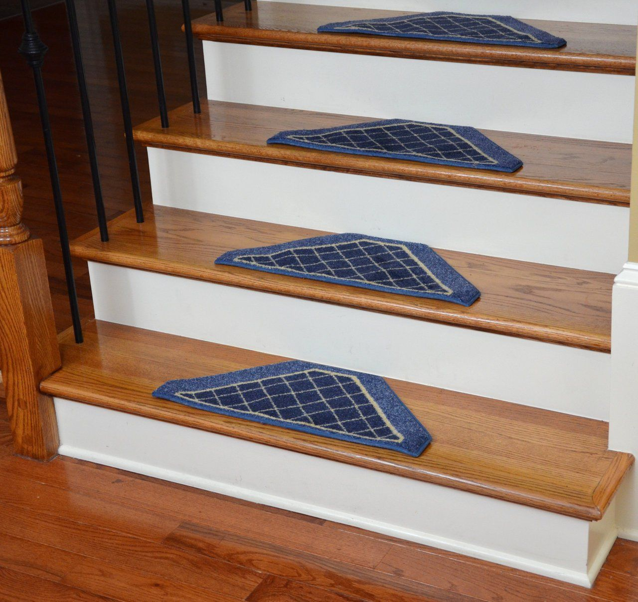 Washable Non Skid Carpet Stair Treads   Navy Blue Checkerboard   Dean Stair  Treads