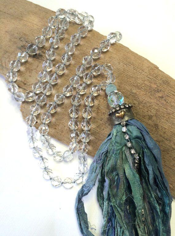 Boho Long Hand Knotted Sari Silk Tassel Necklace  von LoveandLulu