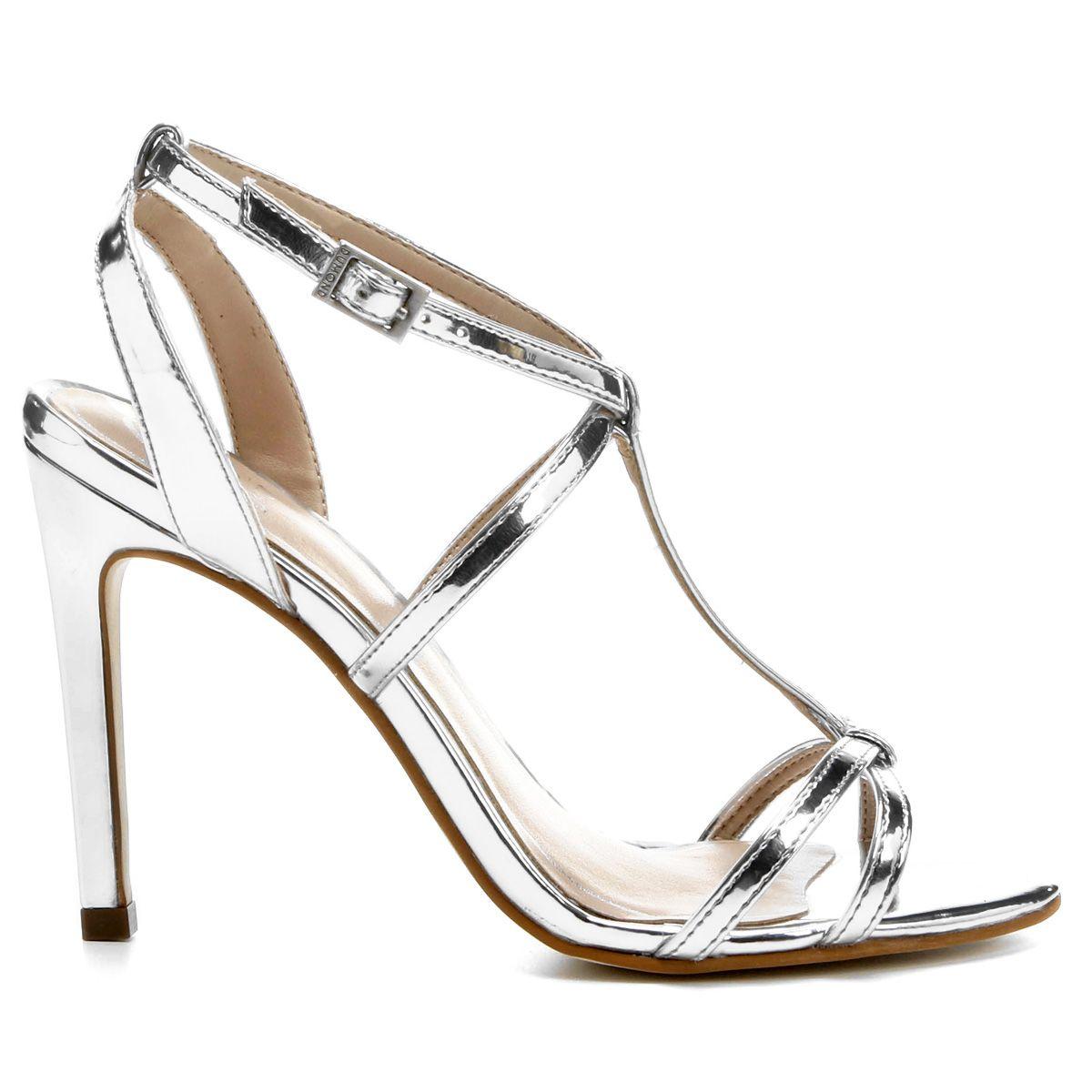 0b5086fede Compre Sandália Dumond Metalizada Salto Fino Prata na Zattini a nova loja  de moda online da