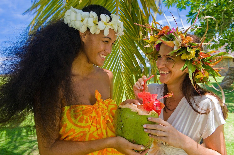 to the Islands of Tahiti... Credit Sebastien Joly