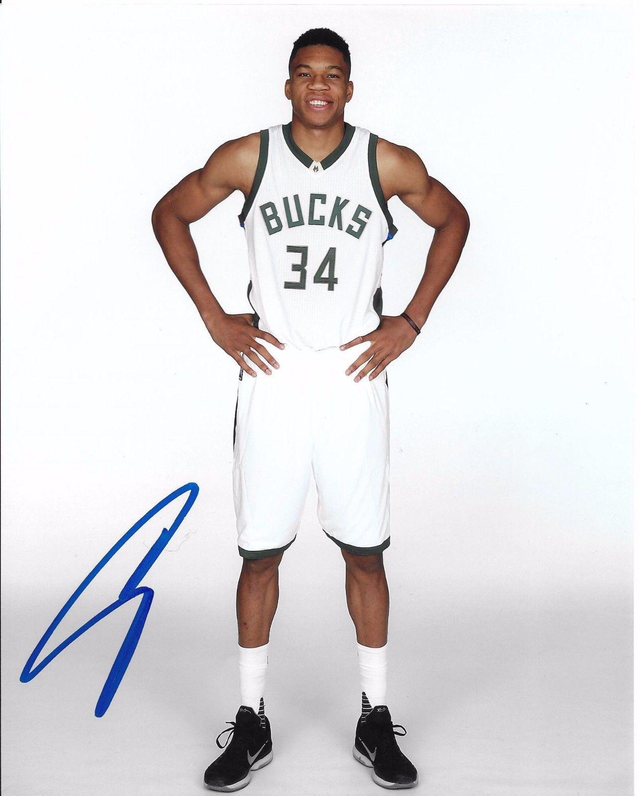 813b47dde8c Giannis Antetokounmpo Signed 8x10 Inch Photo COA Milwaukee Bucks Autograph  Auto