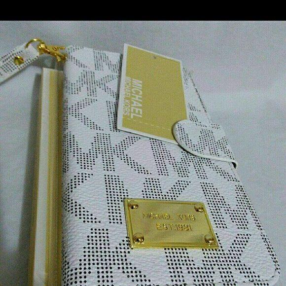 Mk case wallet iphone 6 plus color white Mk case wallet iphone 6 color White Michael Kors Accessories Phone Cases