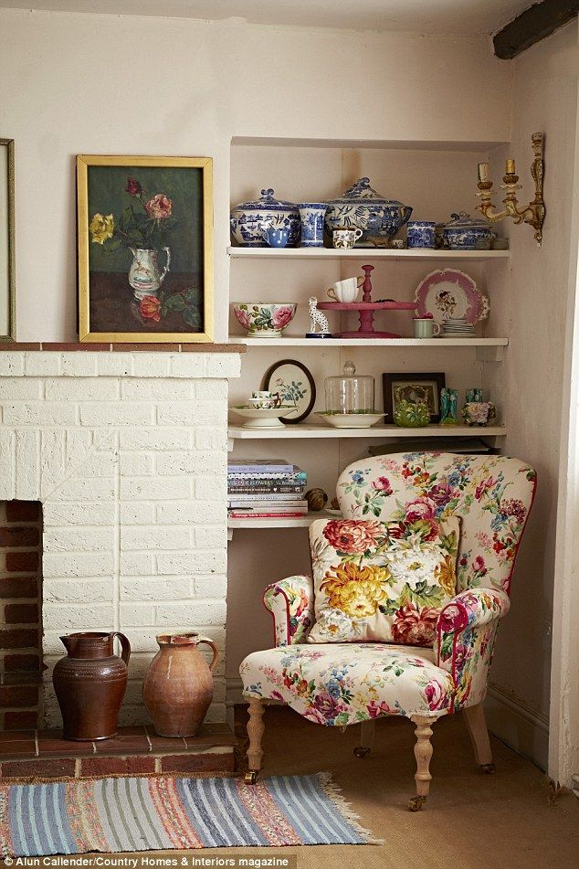 Lifestyle Give Chintz A Chance With Images Chic Apartment