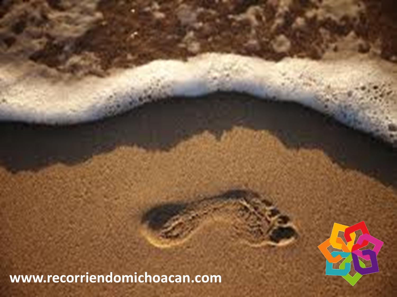 RECORRIENDO MICHOACÁN ¿Sabe por qué la playa La Llorona lleva este nombre? Se debe al sonido que hace la arena cuando se está pisando. Este peculiar sonido es muy parecido al llanto de una persona y se produce por qué los componentes del suelo están muy comprimidos. No deje de visitar esta increíble playa durante su próximo viaje al hermoso estado de Michoacán HOTEL FLORENCIA REGENCY  http://www.florenciaregency.mx/