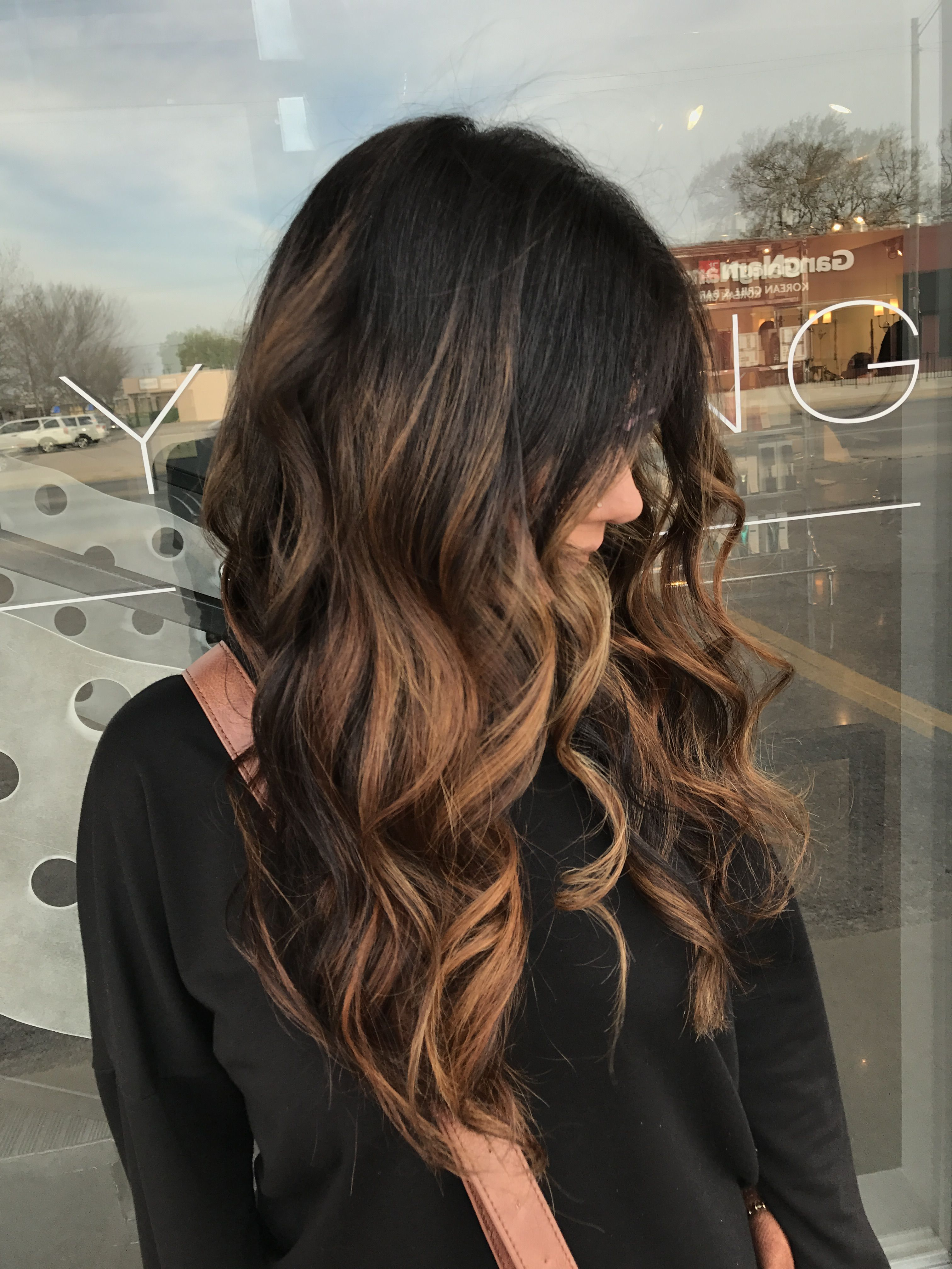 Balayage Hairstyle Inspiration Caramel Balayagelong Hair Balayagebalayage On Dark Brown Hair