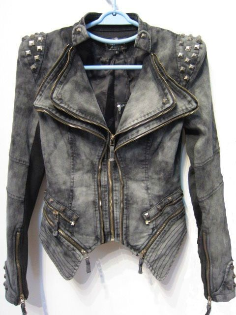 171a5867abb3f whAAAAAT I have this jacket!! i got it from a thrift store for like 4  dollars whys it 75    oml