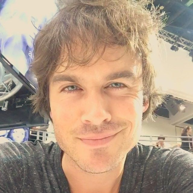 Ian Somerhalder - 12/07/15 - That's a wrap on #TheVampireDiaries signing! iansomerhalder loved meeting all of you! @thecwtvd #TVD #WBSDCC #SDCC https://instagram.com/p/5DA4QwtWuO/?taken-by=warnerbrostv - Twitter / Instagram Pictures