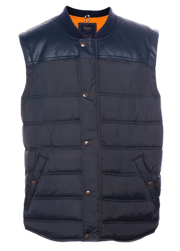 pull bear quilted waistcoat outerwear man men 39 s. Black Bedroom Furniture Sets. Home Design Ideas
