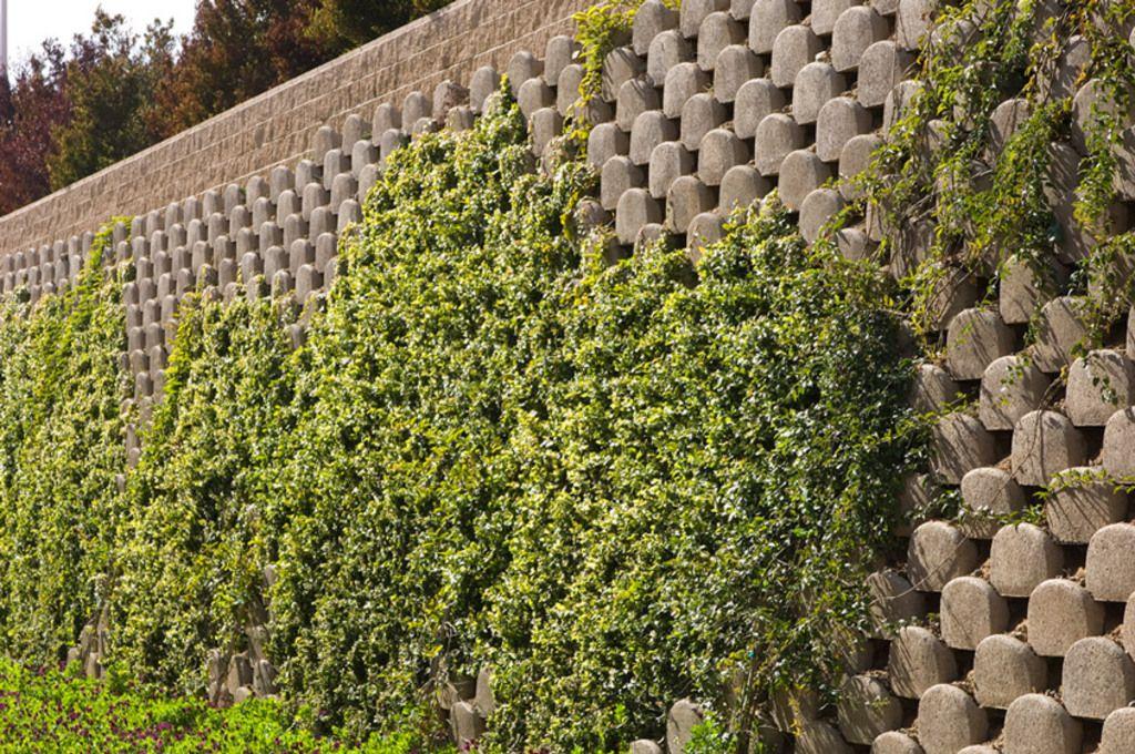 Concrete Wall Block Verdura Soil Retention Concrete Garden Landscaping Retaining Walls Sloped Garden