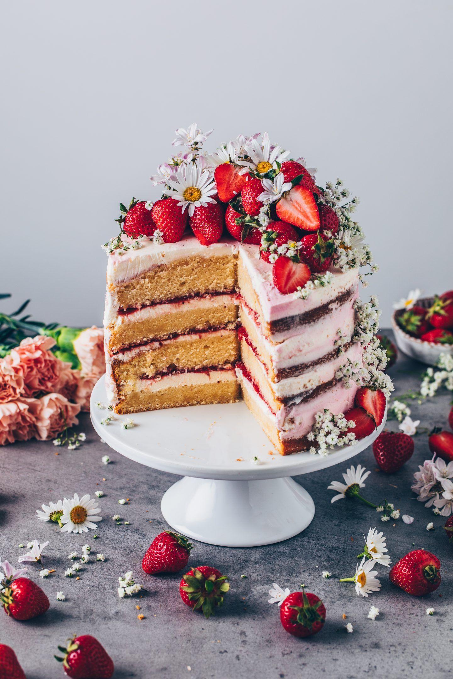 Erdbeer-Sahne-Torte mit Baileys - Bianca Zapatka | Rezepte