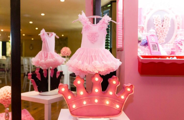 Pink, Diamonds And Pearls Baby Shower.