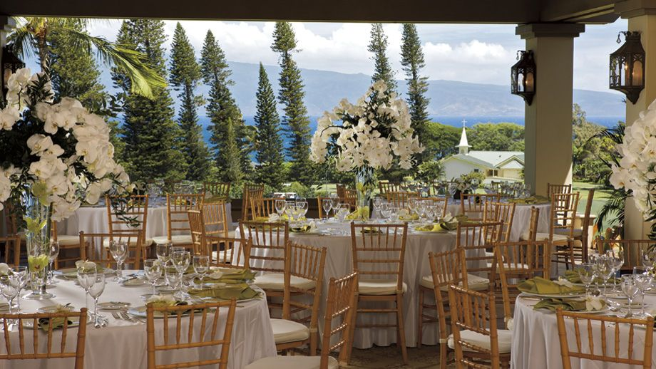 Beautiful white and green theme Maui weddings venues