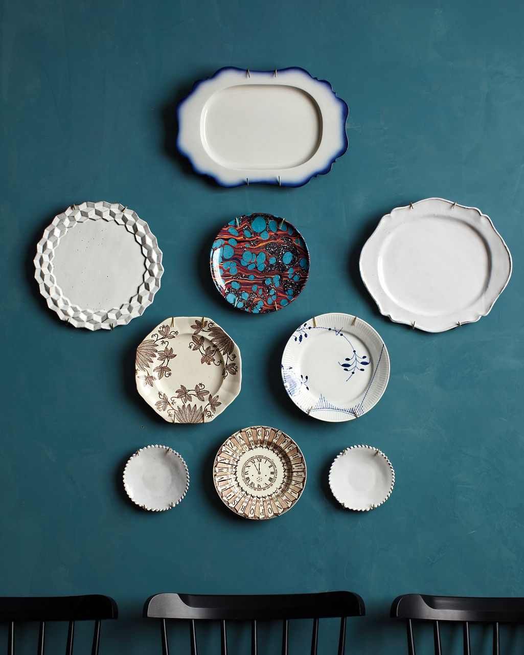 12 Brilliant Ways To Decorate A Blank Wall Plates On Wall Modern Plates Mirrored Projects Decorative wall plate set