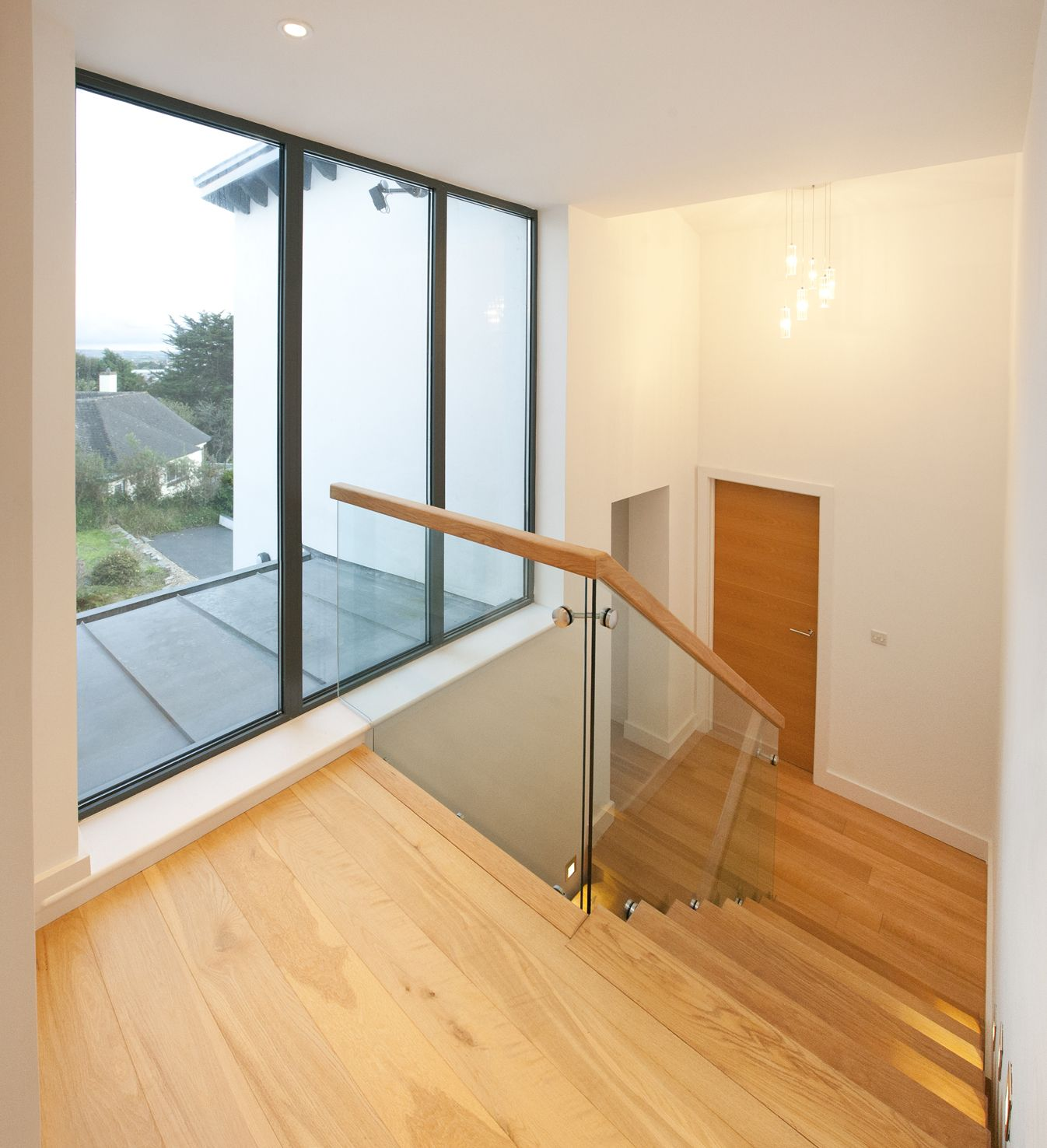 Best Trevanion Cornwall Split Level Staircase Glazed Balustrade Glass And Wood Stairs Photography 400 x 300