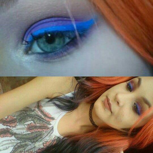Make lilás com delineado azul #colorful #makeup